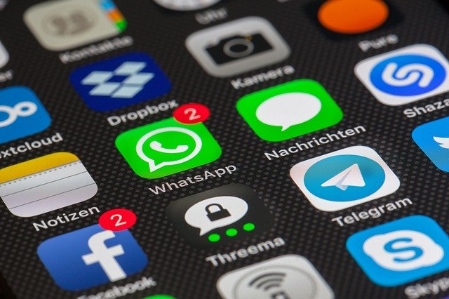 internet 3113279 640 - WhatsApp Group Ethics Tamil : வாட்சப் குரூப்  பற்றி யாருமே சொல்லித் தராத வாழ்க்கைப் பாடங்கள்